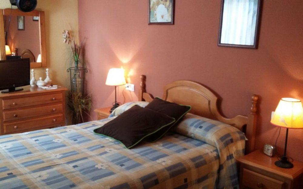 Piso de dos dormitorios con garaje y trastero La Herradura Costa Tropical