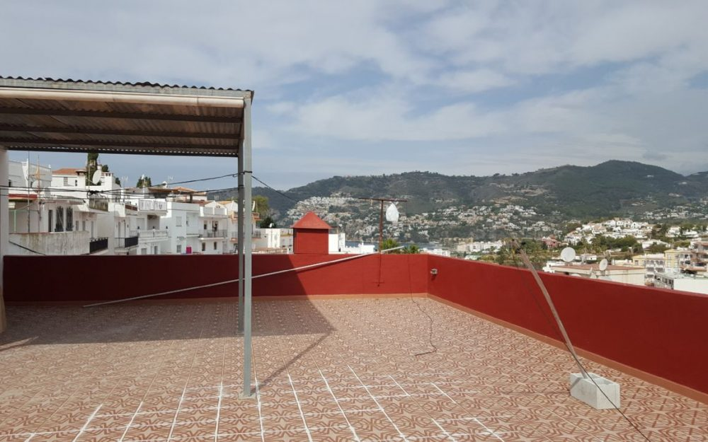 Spacious townhouse for sale in La Herradura