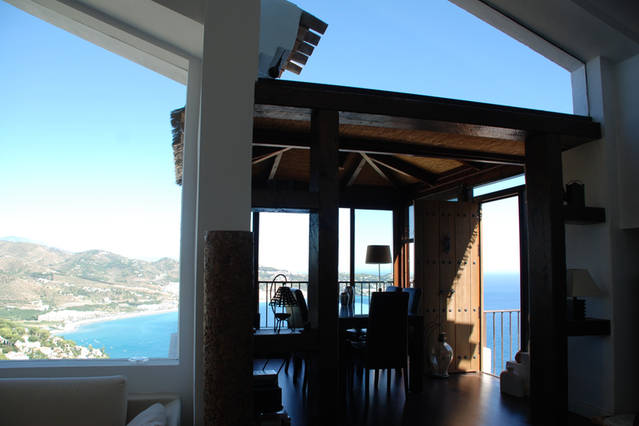 Unexpected And Beautiful Designer Villa On Cerro Gordo La