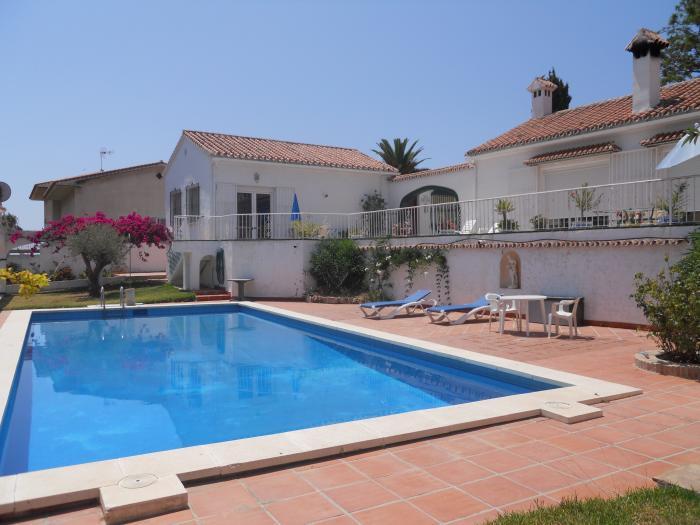 Villa for sale pool  in Nerja , Málaga
