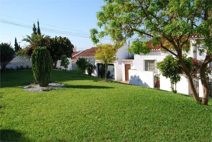 Semi-detached house for sale pool  in Nerja , Málaga