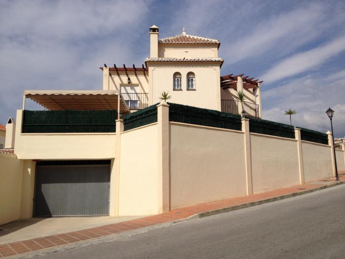 Semi-detached house for sale pool  in Torrox Costa , Málaga