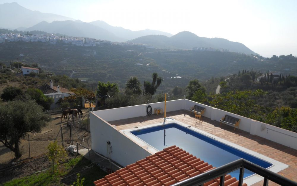 Superbe chalet en vente avec piscine à Frigiliana, Costa del Sol