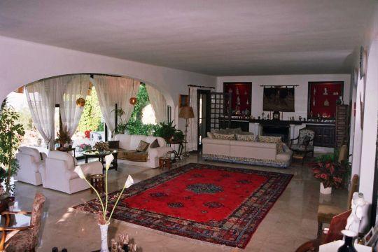 Belle grande villa à vendre avec piscine privée à Nerja Málaga