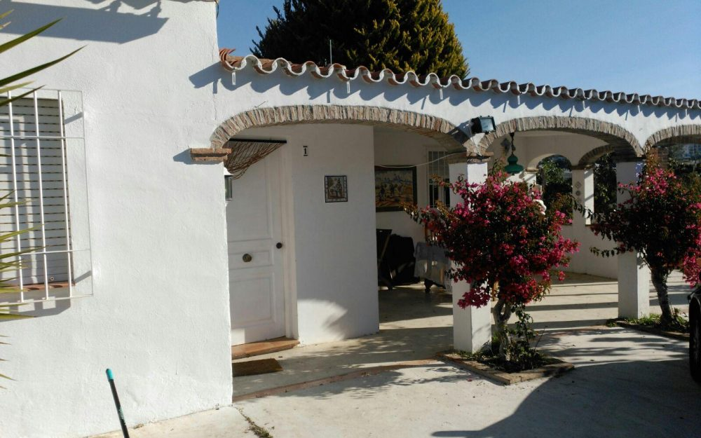 Fabulous villa set on a big plot in Torrox Málaga