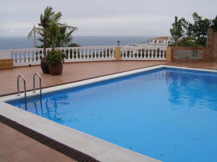 Luxury Fully Furnished Villa for sale pool  in Nerja Punta Lara, Málaga