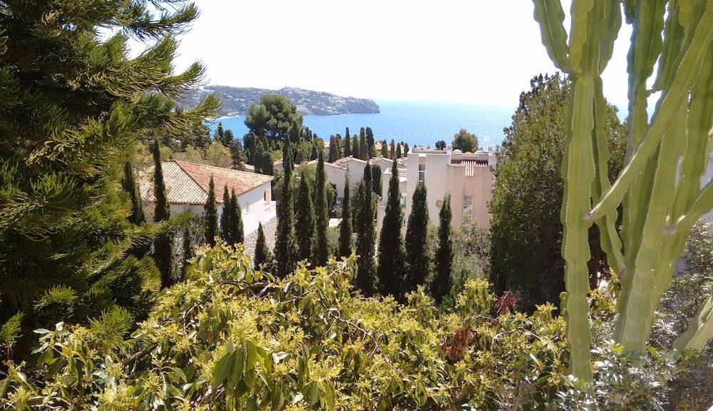 Amplia villa con mucha privacidad y piscina privada La Herradura