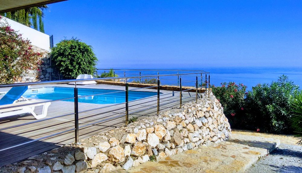 Lovely villa for sale with wonderful views south orientation Monte de los Almendros