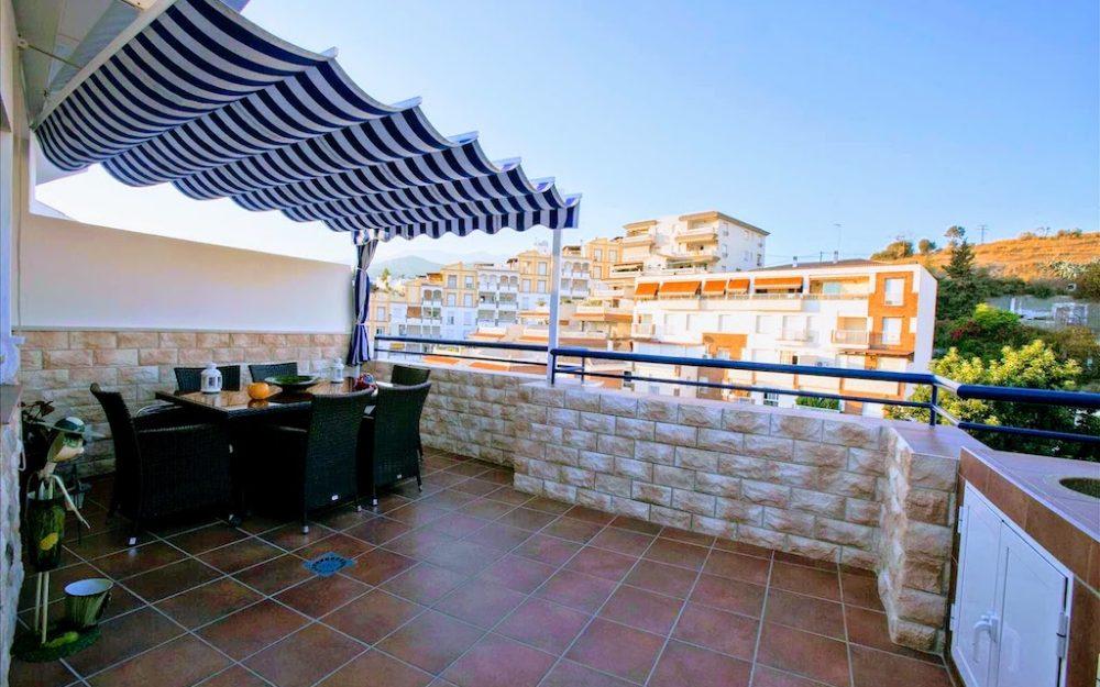 Vente appartement entièrement refait avec grande terrasse La Herradura