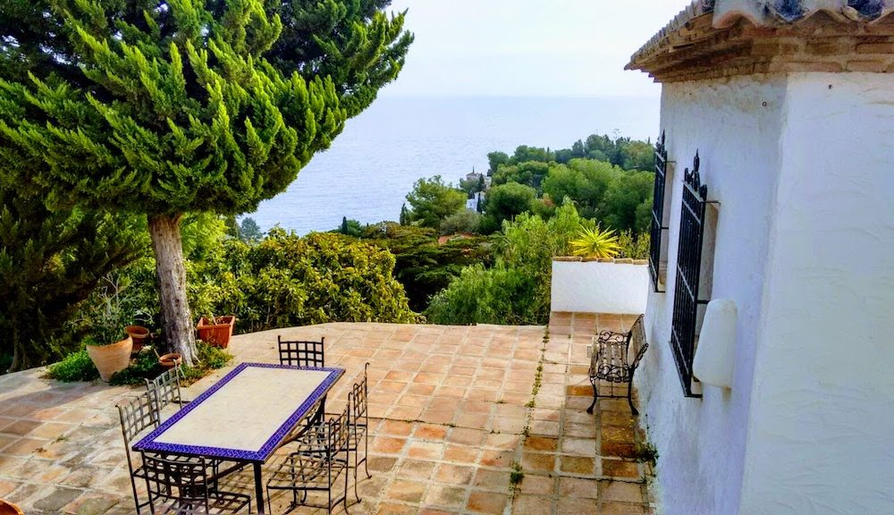 Rustic House on superb south-facing plot in Cotobro Almunecar for sale