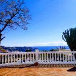 Beautiful villa for sale completely renovated on the very popular urbanization of San Antonio la Herradura