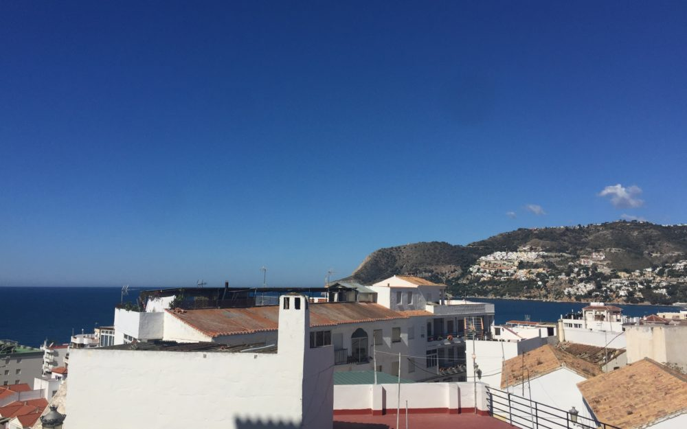 Impeccable apartment close to the beach of La Herradura excellent investment