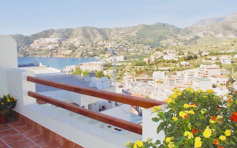 Apartment with large terrace on the heights of the Herradura parking space and storage for sale
