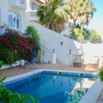 Fantastic villa located in the prestigious urbanization Punta de la Mona, overlooking the mountain and La Herradura