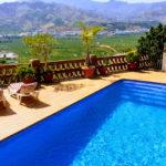 Magnificent villa located in the prestigious urbanization Los Pinos Almuñécar with mountain and sea views for sale