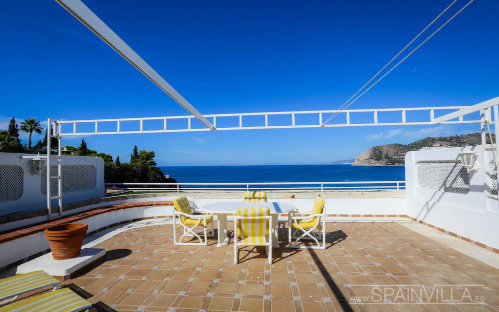 Beautiful apartment for sale in Punta de la Mona large terrace and incredible panoramic sea views