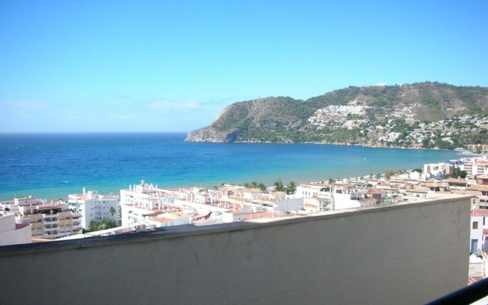 Apartment for sale in perfect condition spectacular views to La Herradura Costa Tropical