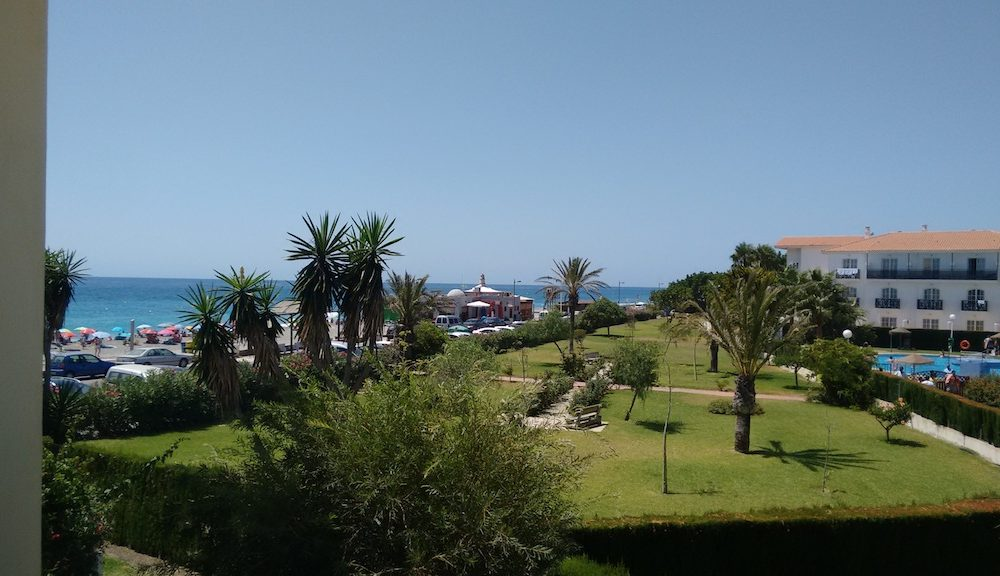 Beachfront apartment with lovely sea views Calahonda Costa Tropical