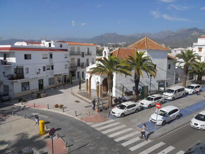 Sale townhouse to reform in centre of Nerja