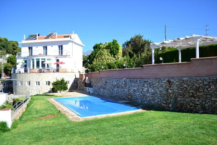 Large villa for sale in Frigiliana prominent position 5 minutes from Nerja, Costa del Sol