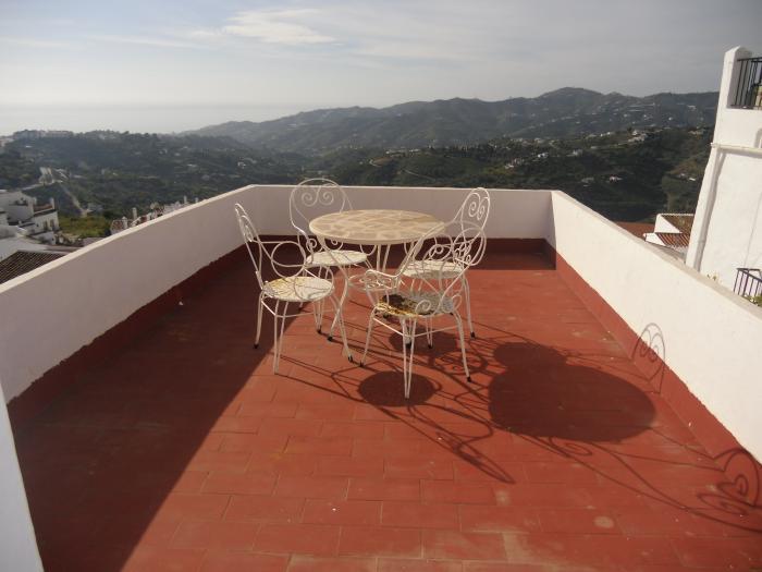 Semi-detached house for sale   in Frigiliana , Málaga