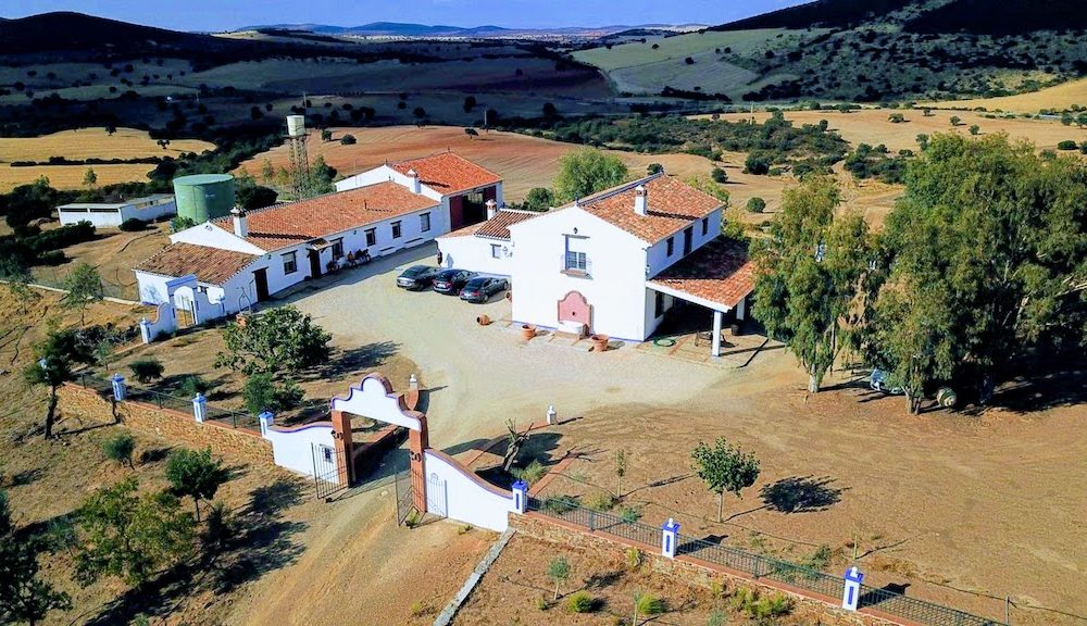 Superb hacienda for sale with private hunting grounds in Spain Ciudad Real