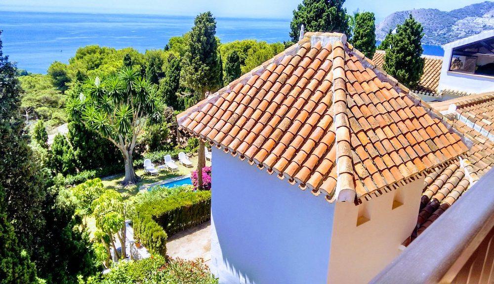 Exceptional property for sale in the prestigious Punta de la Mona la Herradura