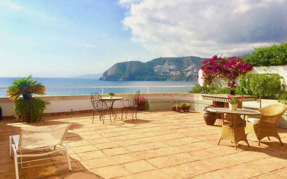 Superb apartment with large terrace and breathtaking sea view at the Punta de la Mona la Herradura